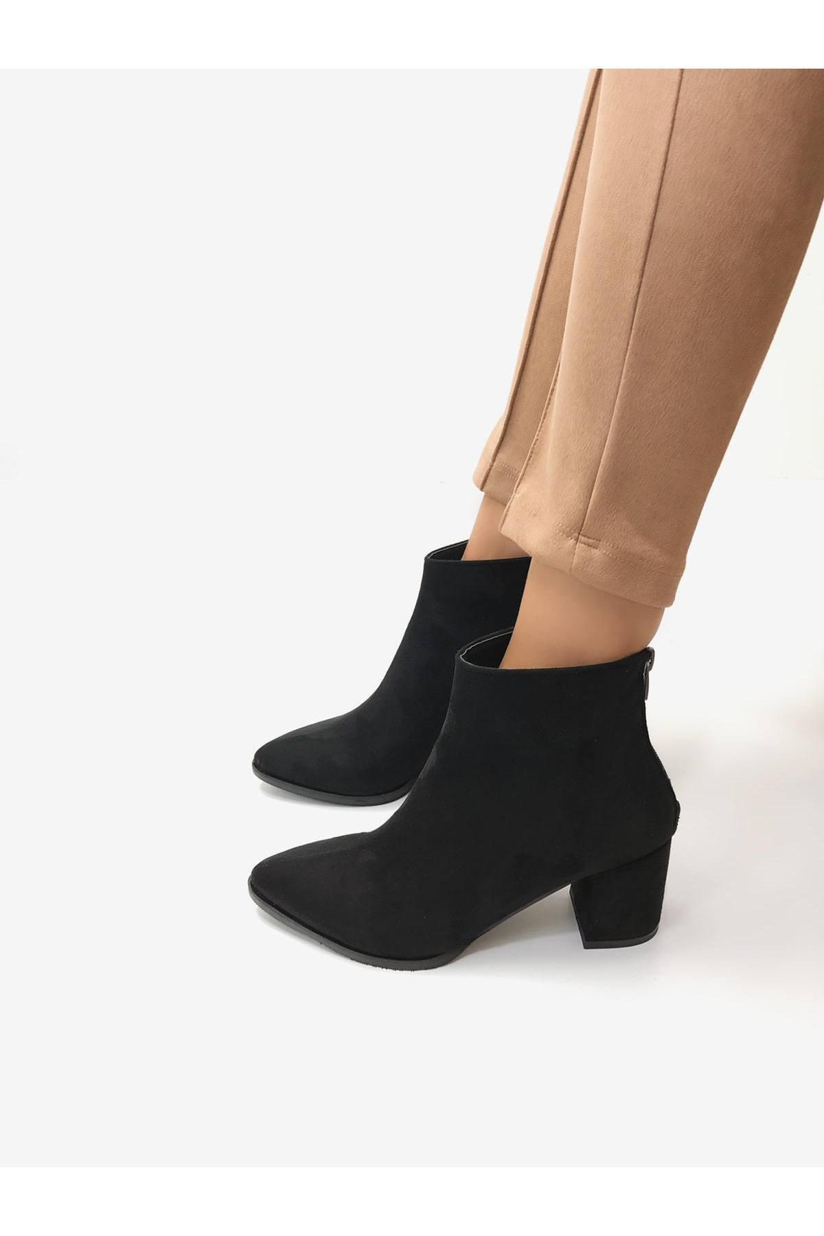 BasmakShoes Kadın Siyah Süet Topuklu Bot 1