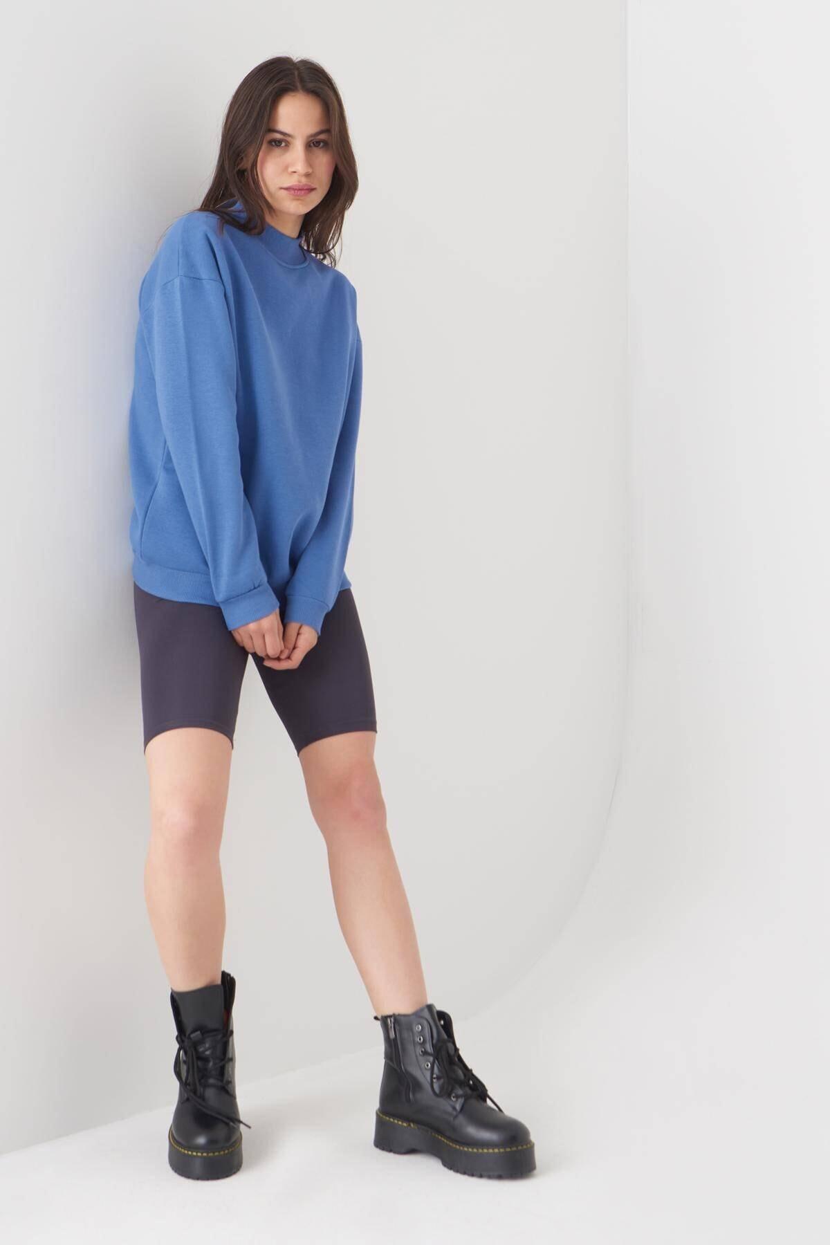 Addax Kadın Mavi Yarım Balıkçı Yaka Sweatshirt S8606 - B4 - B5 ADX-0000019754 1