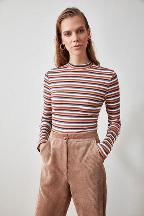 TRENDYOLMİLLA Çok Renkli Çizgili Örme Bluz TWOAW21BZ1357