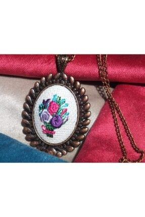 FEELİNG El Işçiliği Açık Fonlu Çiçek Demeti Kanaviçe Kolye