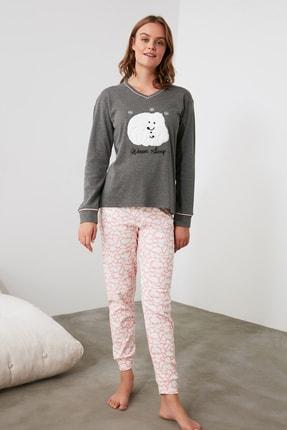 TRENDYOLMİLLA Antrasit Nakışlı Örme Pijama Takımı THMAW21PT0654