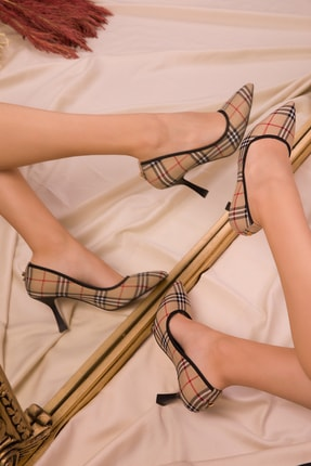 SOHO Bej Ekose Kadın Klasik Topuklu Ayakkabı 15326