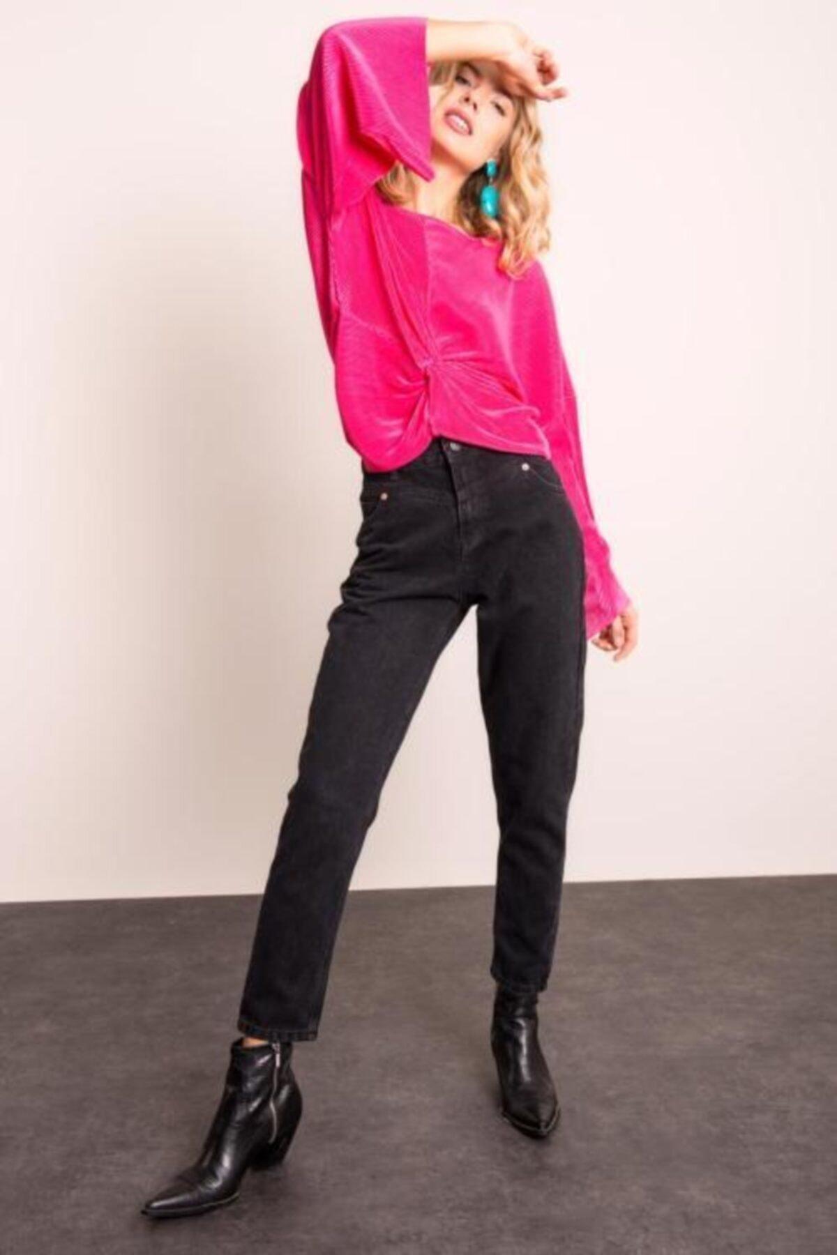 BSL Kadın Siyah Paça Kıvırma Detaylı Denim Pantolon 1