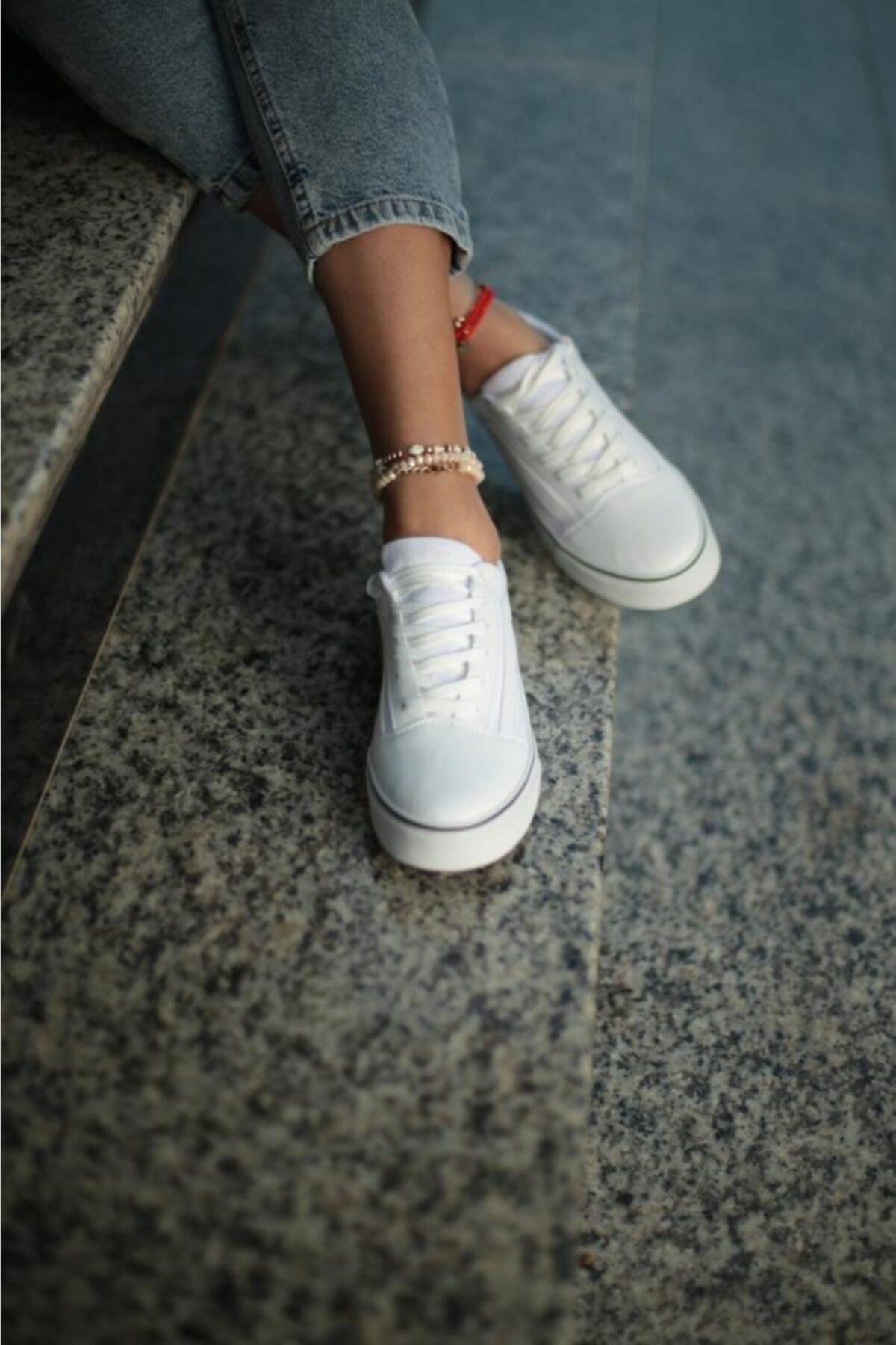 ESPARDİLE Kadın Beyaz Siyah Günlük Spor Ayakkabı 1