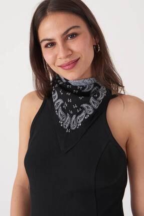 Addax Kadın Siyah Beyaz Desenli Fular F202 - E1 ADX-0000021856