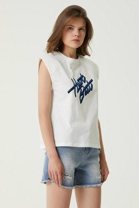 Network Kadın Basic Fit Beyaz Slogan Baskılı T-shirt 1079552