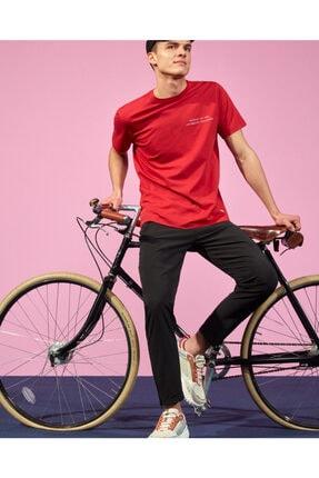 SKECHERS Graphic Tee M Crew Neck T-Shirt Erkek Kırmızı Tshirt