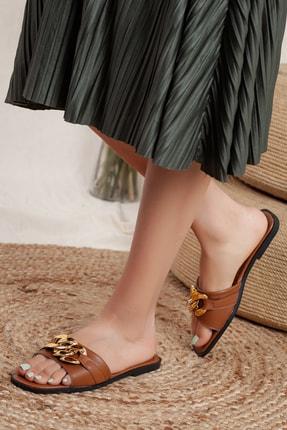 Odal Shoes Kadın Taba Zincir Detaylı Terlik