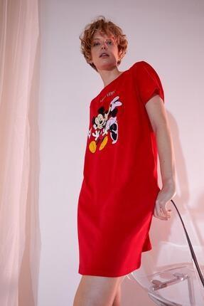 DeFacto Kadın Kırmızı Mickey Mouse Lisanslı Kısa Kol Gecelik