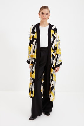 Trendyol Modest Sarı Geometrik Desenli Kimono & Kaftan TCTSS21KK0009