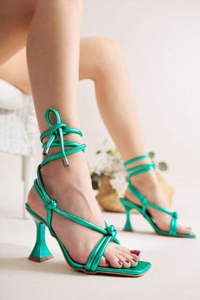 Limoya Charmaine Yeşil Metalik Bilekten Bağlamalı Yüksek Topuklu Sandalet