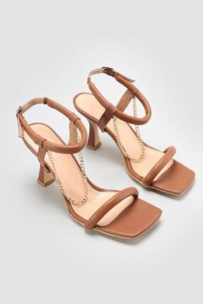 Limoya Carlene Kahve Tek Bantlı Zincir Detaylı Ince Topuklu Sandalet