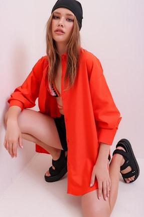 Trend Alaçatı Stili Kadın Turuncu Patı Gizli Oversize Dokuma Gömlek ALC-X6828