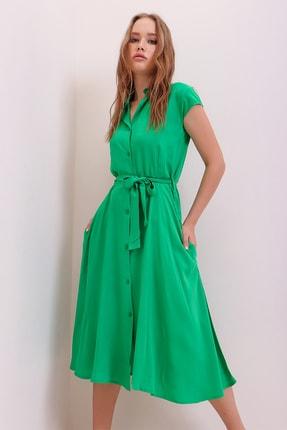Trend Alaçatı Stili Kadın Yeşil Kolsuz Denim Dokuma Gömlek Elbise ALC-X5851