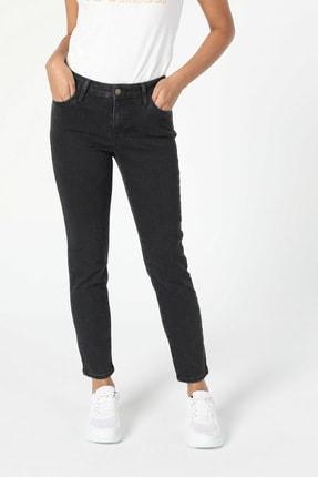 Colin's KADIN 703 Carla Slim Fit Orta Bel Düz Paça Kadın Jean Pantolon CL1057142