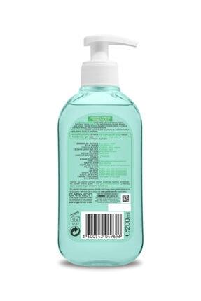 Garnier Botanik Yeşil Çay Özlü Temizleyici & Arındırıcı Temizleme Jeli 200 ml 3600542049696