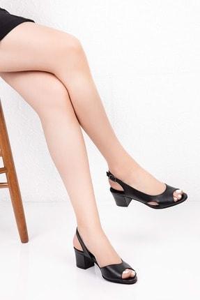 Gondol Kadın Siyah Hakiki Deri Topuklu Ayakkabı 36 Şhn.0236