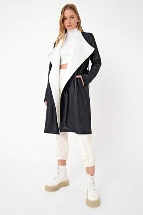 Trend Alaçatı Stili Kadın Siyah Yakası Kürklü Deri Efektli Trençkot MDS-254-TRN