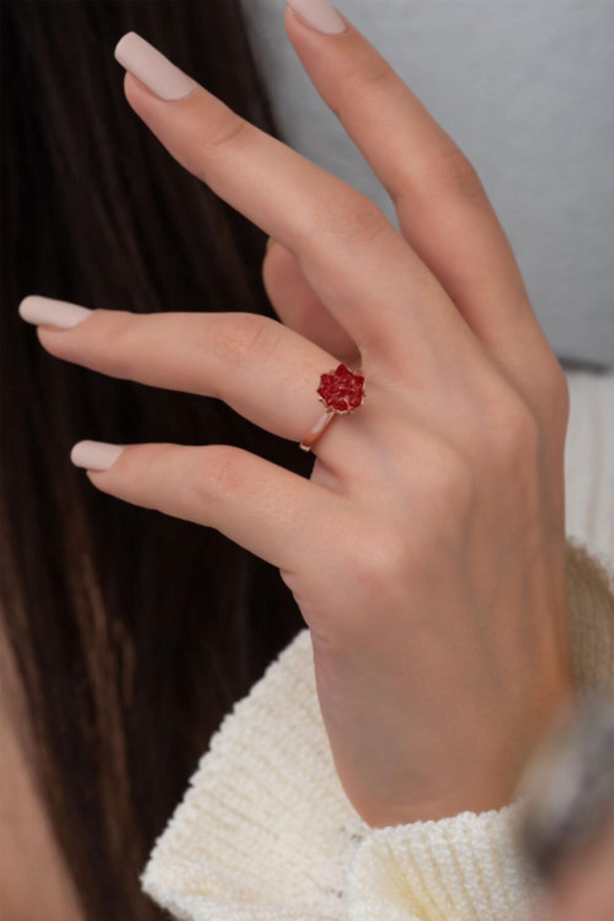 Ervanur Rose Altın Kaplama Kırmızı Zirkon Taşlı Lotus Çiçeği Kadın Yüzük 1