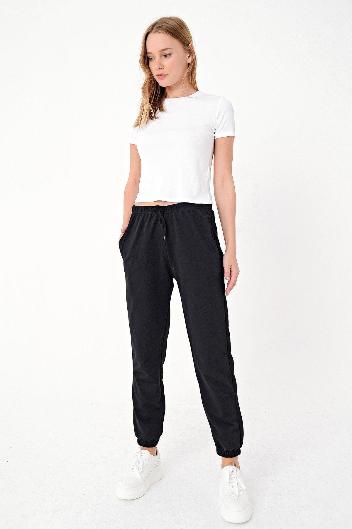 Trend Alaçatı Stili Kadın Siyah Paçası Lastikli İki İplik Eşofman Altı ALC-Y2933 1