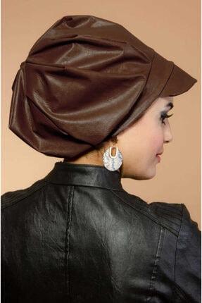 Aişe tesettür Kahverengi Deri Şapka Bone