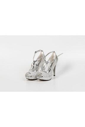 Karaca Kadın Gri Tüllü Dore Bağcıklı Ayakkabı