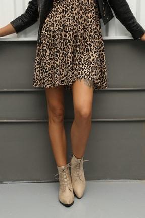 Ayakkabı Modası Kadın Bej Kısa Fermuarlı ve Bağcıklı Bot