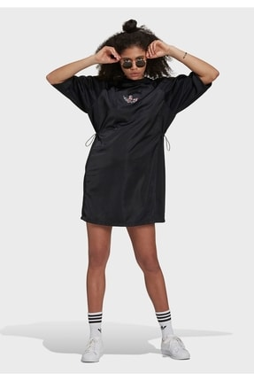 adidas Kadın Elbise