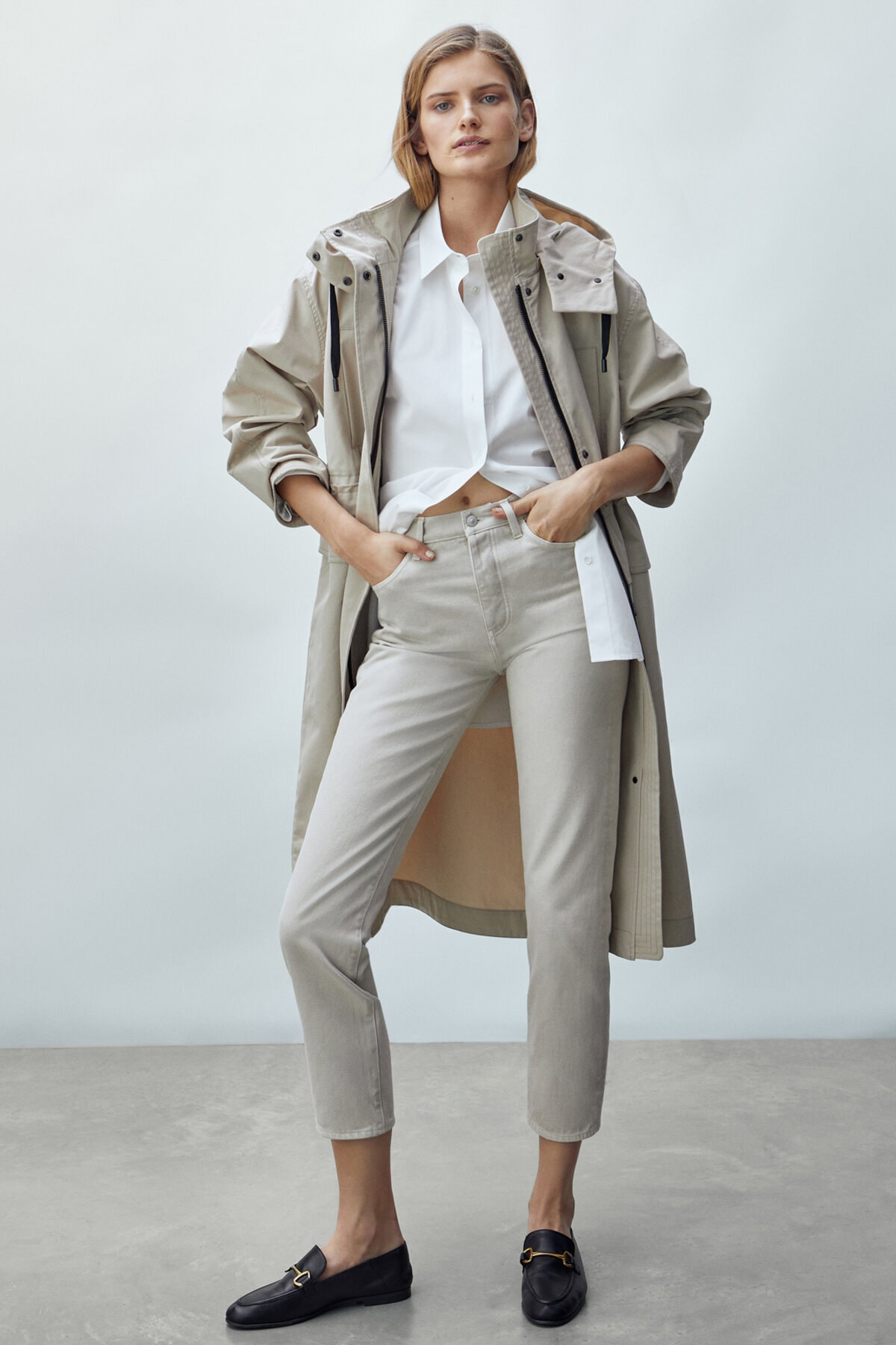 Massimo Dutti Kadın Straight Fit Yüksek Bel Jean 05054717