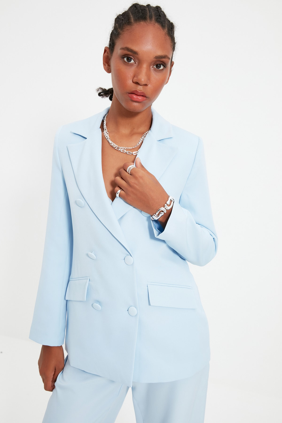 TRENDYOLMİLLA Açık Mavi Düğme Detaylı Blazer Ceket TWOSS21CE0137 2