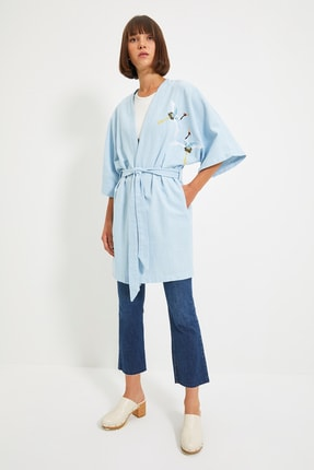 TRENDYOLMİLLA Mavi Nakışlı Kimono&Kaftan TWOSS21KM0119