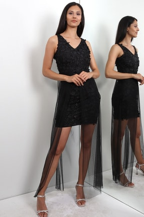 LOVE IS EVERYWHERE 3 Boyut Çiçekli Arkası Uzun Tül Kısa Abiye Elbise
