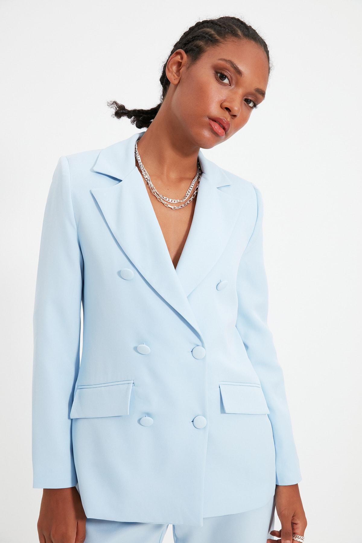 TRENDYOLMİLLA Açık Mavi Düğme Detaylı Blazer Ceket TWOSS21CE0137 1
