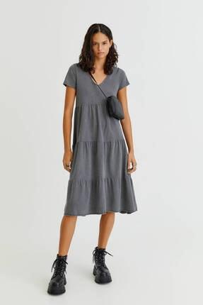 Pull & Bear Kısa Kollu Uzun Katlı Volanlı Elbise