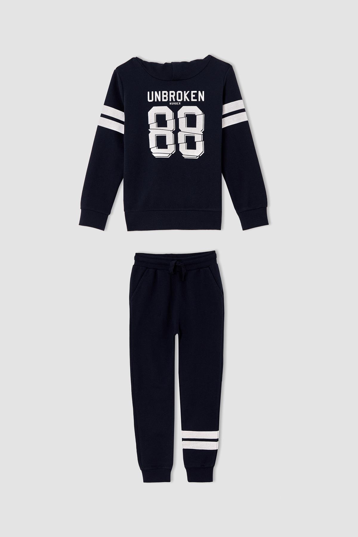 DeFacto Erkek Lacivert Erkek Çocuk Slogan Baskılı Sweatshirt ve Jogger Eşofman Alt TakımıV0517A621WN