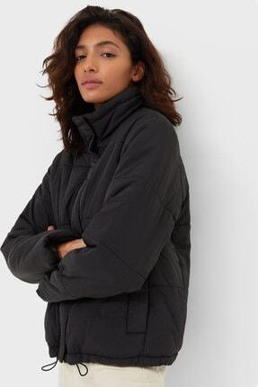 Stradivarius Kadın Siyah Polar Şişme Mont