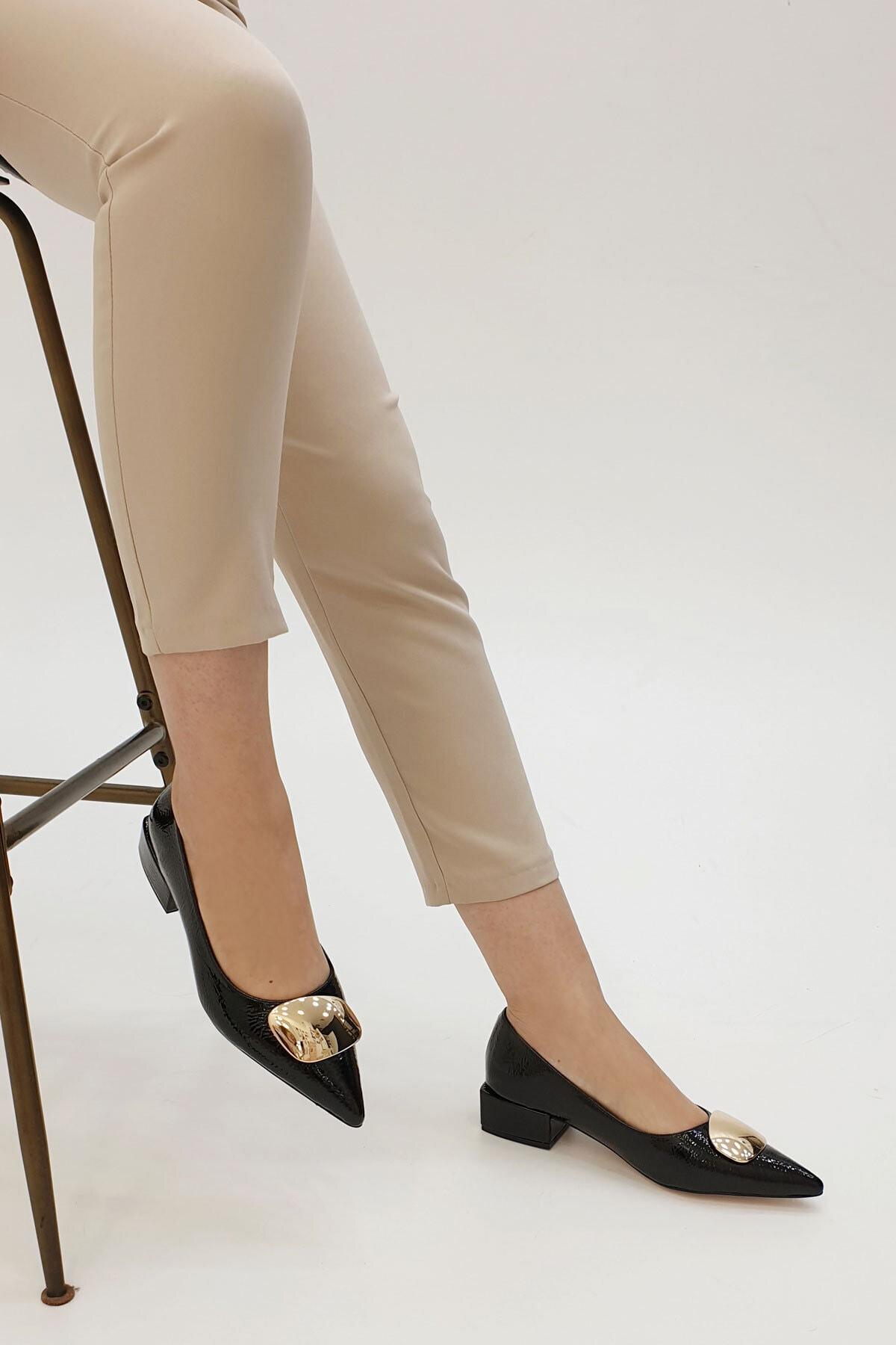 Marjin Kadın Linva Günlük Klasik Topuklu Ayakkabısiyah Rugan 1