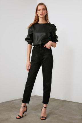 TRENDYOLMİLLA Siyah Yüksek Bel Mom Jeans TWOAW21JE0635