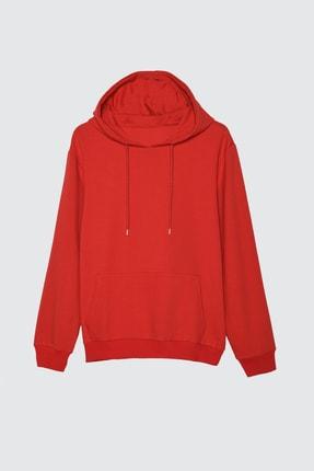 TRENDYOL MAN Kırmızı Erkek Kapüşonlu Kanguru Cepli Uzun Kollu Basic Sweatshirt TMNAW20SW0162