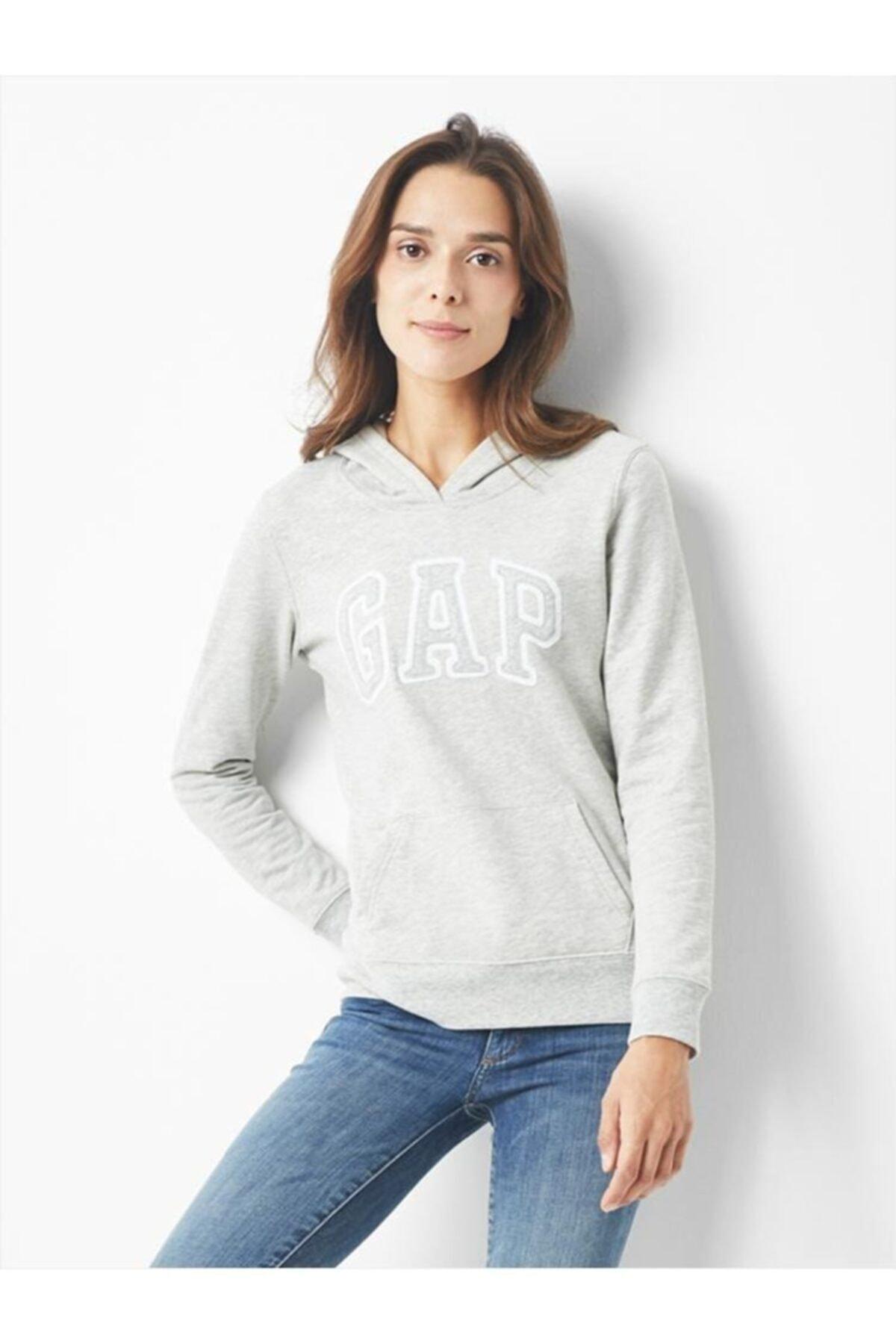 GAP Kadın Logo Kapüşonlu Sweatshirt 527507 1