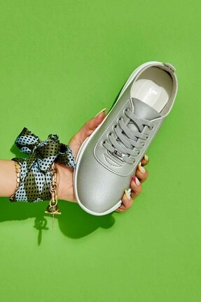 Bambi Gümüş Kadın Sneaker K01543100009