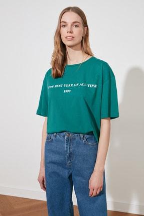 TRENDYOLMİLLA Yeşil Baskılı Loose Kalıp Örme T-Shirt TWOSS19GH0034
