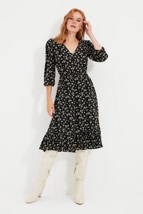 TRENDYOLMİLLA Siyah Çiçekli Düğmeli Elbise TWOSS20EL0577