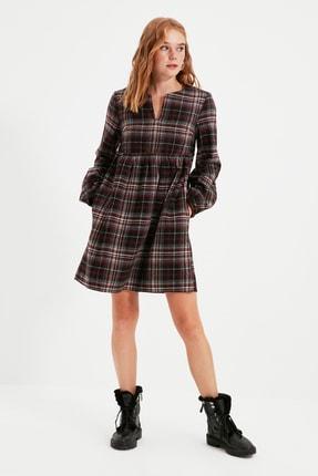 TRENDYOLMİLLA Çok Renkli Geniş Kesim Elbise TWOAW21EL1247