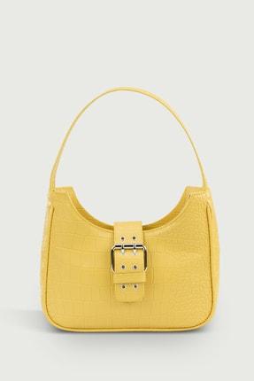Housebags Kadın Sarı Tokalı Timsah Desenli Baguette Çanta