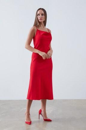 Gusto Ince Askılı Degaje Yakalı Elbise - Kırmızı