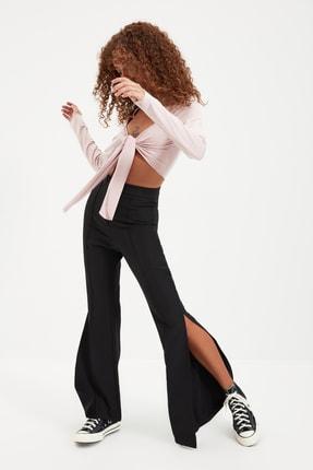 TRENDYOLMİLLA Siyah Yırtmaçlı Pantolon TWOAW22PL0134