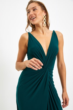 TRENDYOLMİLLA Zümrüt Yeşili Drape Detaylı Abiye & Mezuniyet Elbisesi TPRSS19UT0099