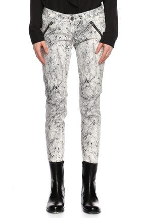 Guess Desenli Beyaz Siyah Pantolon