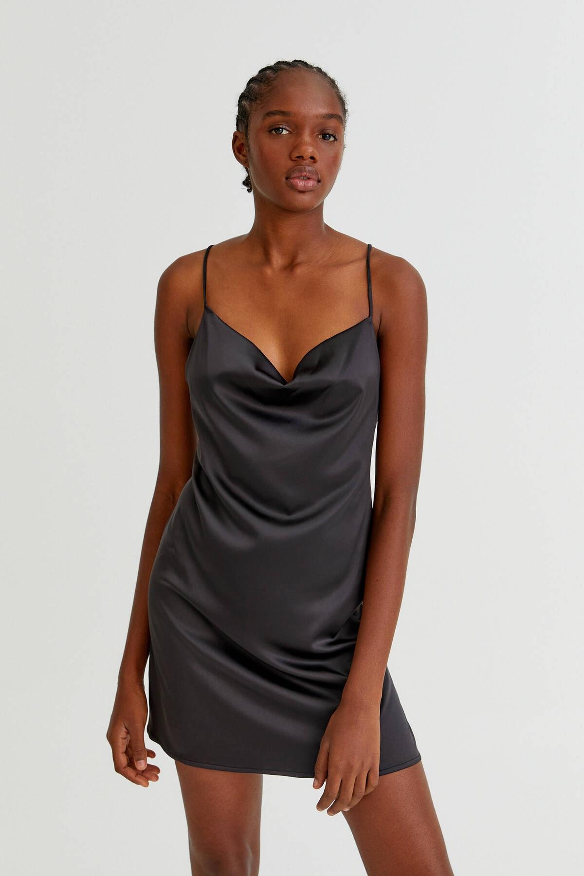 Pull & Bear Kadın Siyah Degaje Yaka Saten Elbise 08394332